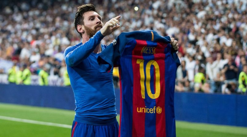 Leo Messi reaches Ronaldo with two goals and signs the 600 goals with Barcelona
