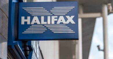 Halifax launches 'gambling freeze' feature for UK accounts